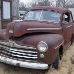 1947-ford-sedan-2